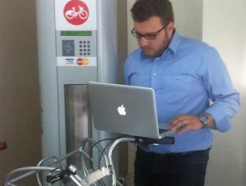 Vima: Pierwszy system udostępnionych rowerów